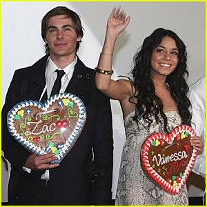 Zac & Vanessa Are Cookie Cutter