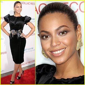 Beyonce Premieres 'Cadillac Records'