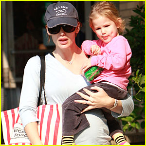 Jennifer Garner: Bigger Baby Bump Watch!