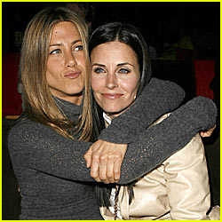 Jennifer Aniston's Christmas Eve Tradition: Dinner With Courteney Cox