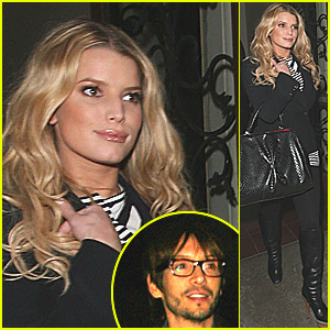 Jessica Simpson & BFF Ken Paves Eat Out