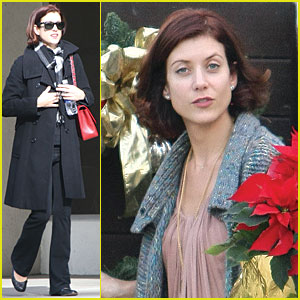 Kate Walsh Gets Poinsettia Pretty