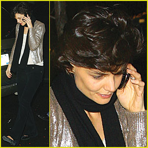 Katie Holmes Gets Cellphone Silver