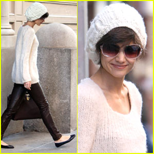 Katie Holmes is White Beanie Beautiful