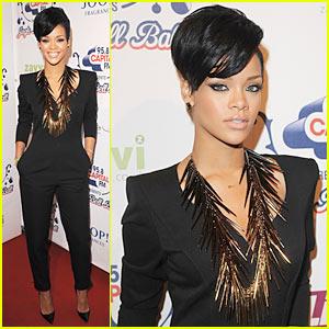 Rihanna Has a Jingle Bell Ball