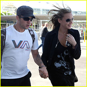 Ryan Phillippe and Abbie Cornish Go Down Under