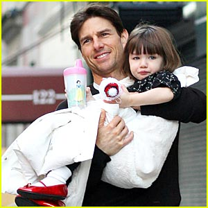 Suri Cruise is Ruby Red