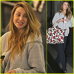 Whitney Port: Floral Flights at LAX