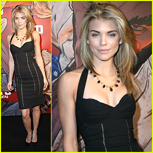 AnnaLynne McCord Is After An Afro Samurai