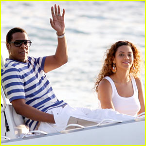 Beyonce & Jay-Z Go St. Bart's Boating