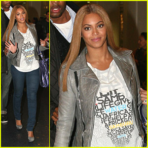 Beyonce Leaves LAX At Last