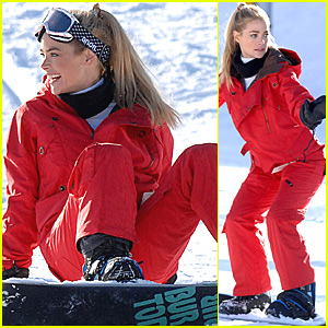 Denise Richards: Super Snowbunny!