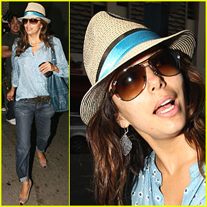 Eva Longoria Walks Straw Straight