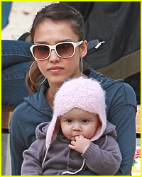 Jessica Alba Enjoys An Afternoon With Honor Marie