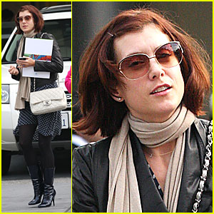 Kate Walsh Lightens Locks