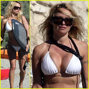 Pamela Anderson is a Baywatch Beach Bum