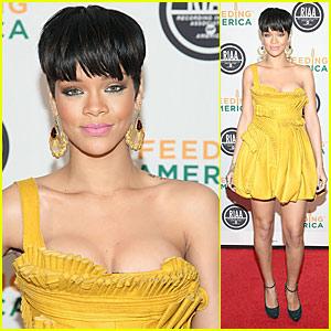 Rihanna is Feeding America
