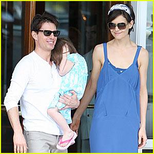 Tom Cruise & Katie Holmes Brighten Up Brazil
