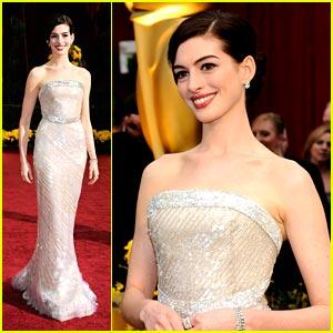 Anne Hathaway -- Oscars 2009