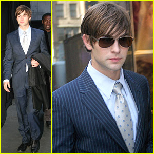 Chace Crawford Bites The Big Apple