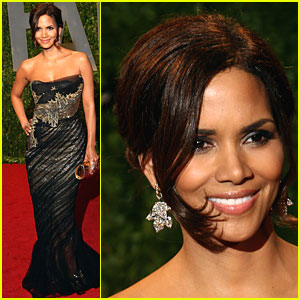 Halle Berry: Marchesa Magical