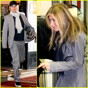 Jennifer Aniston Rolls Into Rome