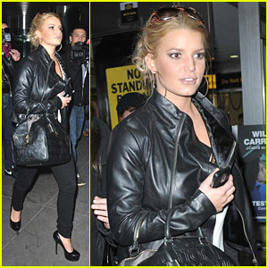 Jessica Simpson is a Madison Square Garden Gal