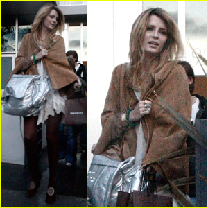 Mischa Barton Clears Up Dating Rumors