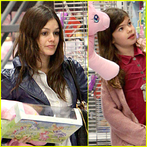 Rachel Bilson's Sisterly Shopping Spree
