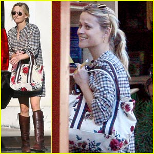 Reese Witherspoon Discovers Hidden Treasures