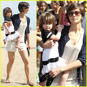 Suri Cruise: Anchors Away!