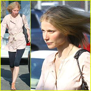 Gwyneth Paltrow Has Leggings for Days