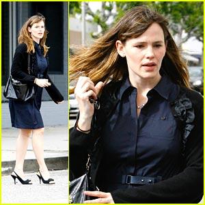 Jennifer Garner is Paddington's Pretty