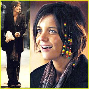 Katie Holmes: Let it Bead!