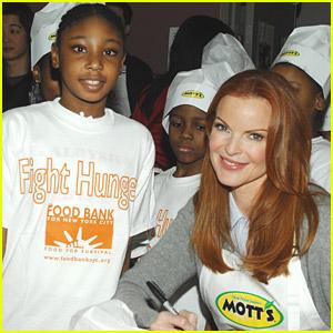 Marcia Cross And Motts Help Feed America
