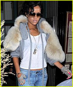 Rihanna To Remake 'The Bodyguard'