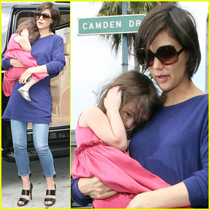 Suri Cruise Hears No Evil