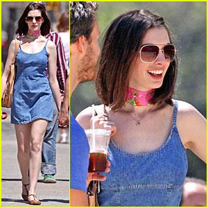 Anne Hathaway Gets Scarf Sexy