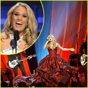 Carrie Underwood Wins ACM's Entertainer of the Year