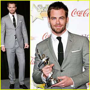 Chris Pine is ShoWest's Male Star Of Tomorrow
