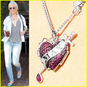 Christina Aguilera is Agent Provocateur Pretty