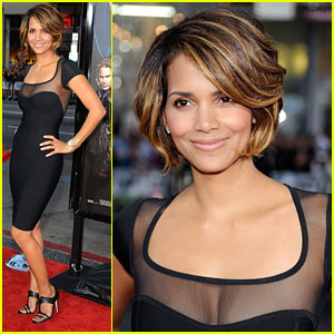 Halle Berry Wows At Wolverine Screening