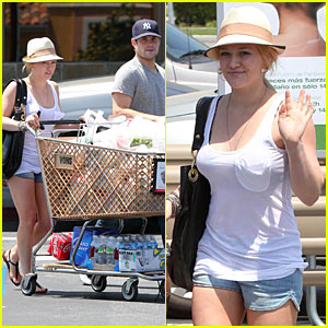 Hilary Duff: Mother's Day in Napa!