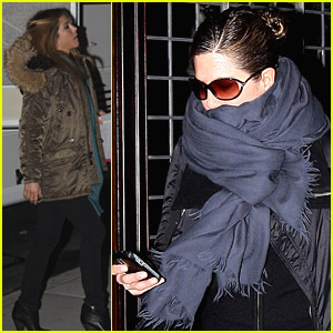Jennifer Aniston Bundles Up