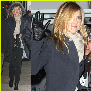 Jennifer Aniston Shoots Numerous Night Scenes