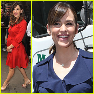 Jennifer Garner: Good Morning Ghosts!