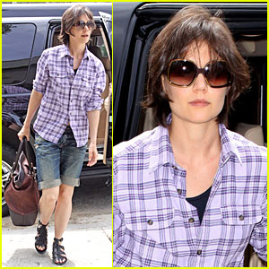 Katie Holmes is Kenneth Cole Cute
