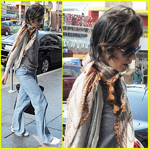 Katie Holmes is Tassel Terrific