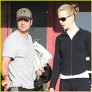 Nicole Kidman Works It Out