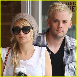 Nicole Richie & Joel Madden: Coffee Couple